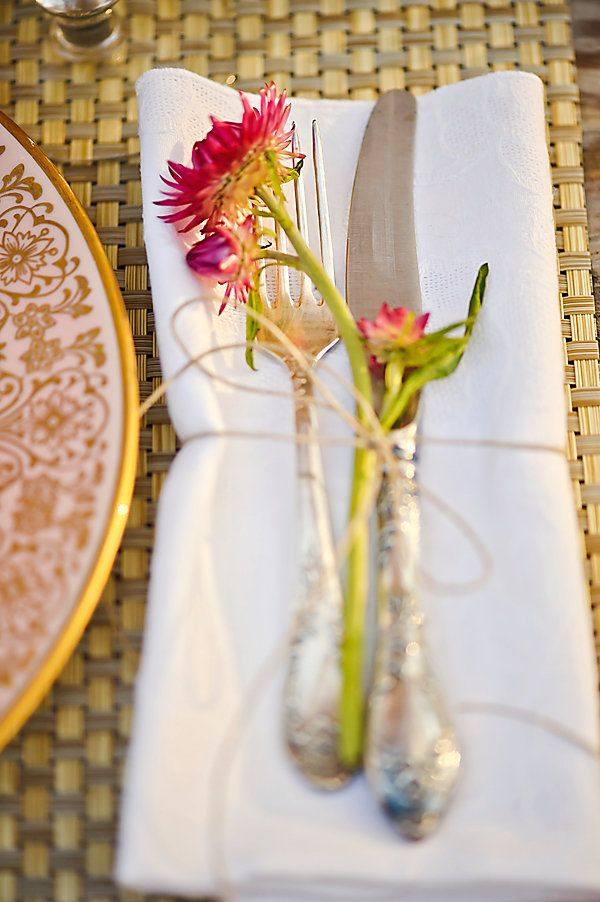 wedding reception details #weddingdecor #weddingreception #weddingchicks http://www.weddingchicks.com/2014/02/19/michigan-fall-favorites-wedding-inspiration/
