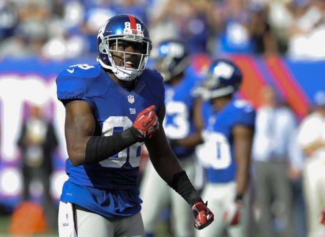 NY Giants GM Jerry Reese says Hakeem Nicks shouldn't have played through knee injury