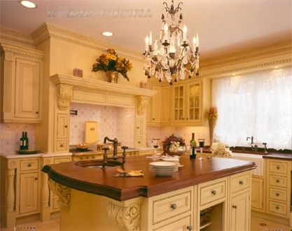 French country style kitchen with kuche cucina cabinets