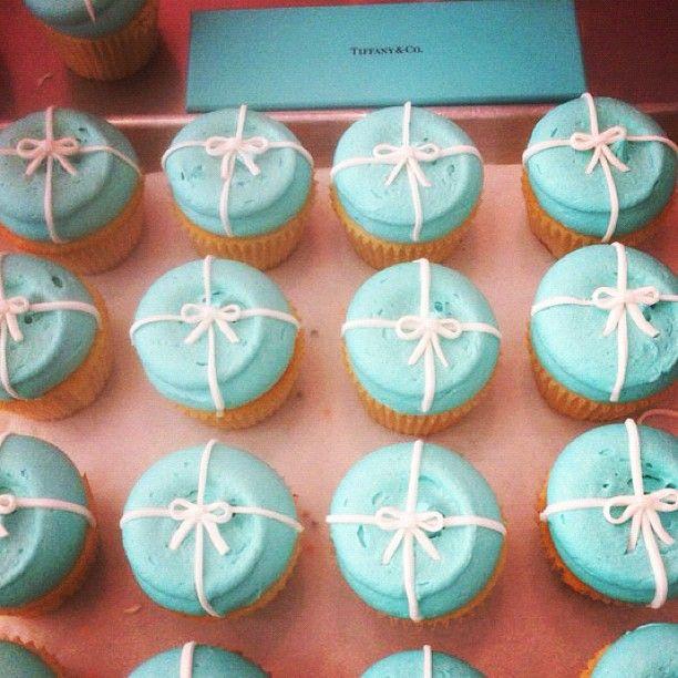 Georgetown Cupcake + Tiffany = <3