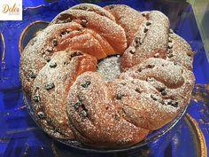 La TORTA ANGELICA SENZA BURRO la famosa ricetta delle sorelle Simili. Una #torta lievitata leggera e golosa farcita con gocce di #cioccolato perfetta per colazioni e merende sane e genuine! E' possibile realizzarla anche senza lattosio! Ecco la #ricetta del #dolce http://www.dolcisenzaburro.it/recipe-items/torta-angelica-senza-burro/ #dolcisenzaburro healthy and light desserts cakes sweets