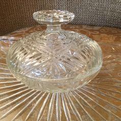 Used Vintage Glass Powder Pot in SG14 Hertford for £ 6,00 – Shpock