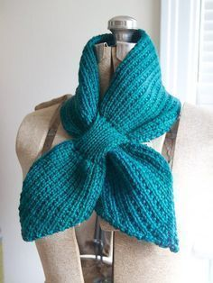 Free knitting pattern for Anthro-inspired Scarflet and more neckwarmer knitting paterns - Kim Selo designed this keyhole style neckwarmer.