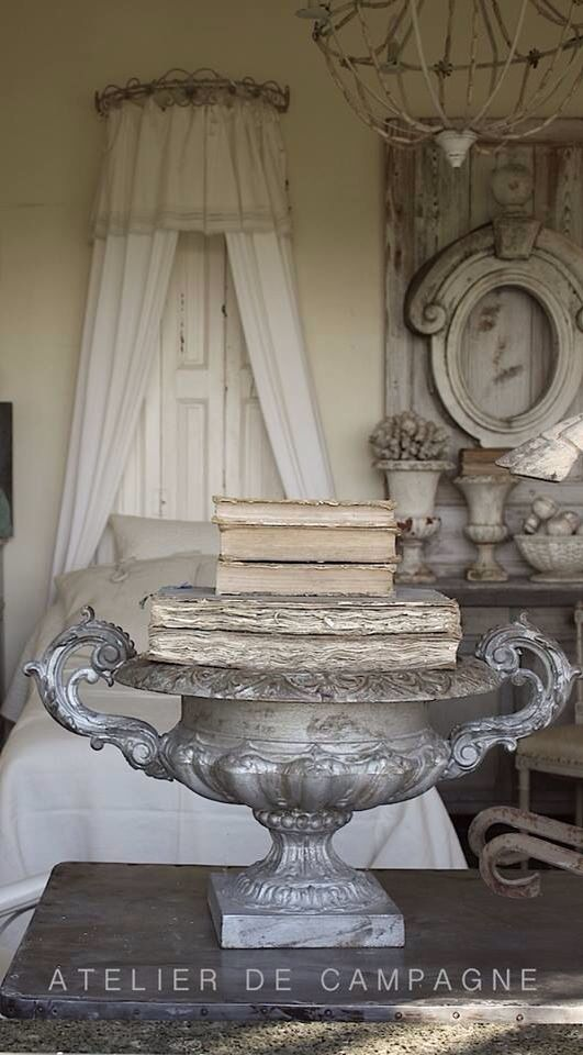 110 best atelier de campagne images on pinterest workshop french antiques and garden urns - Home decoration campagne ...