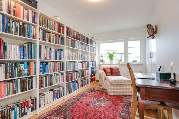 bibliotek i lägenheten? jajjamen!