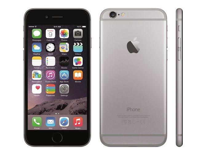 Tras los primeros anuncios de los nuevos iPhone 6 que ya se emitieron la noche del 9 de septiembre, justo después de la Keynote de Apple, hoy ya podemos ver dos nuevos anuncios, el tercero y cuarto de la serie lanzada por Apple para promocionar sus nuevos teléfonos móviles. Ambos vídeos vuelven a ser protagonizados por Jimmy Fallon y Justin Timberlake, y una vez más nos describen las características de los nuevos teléfonos de la marca de la manzana de manera bastante jocosa.