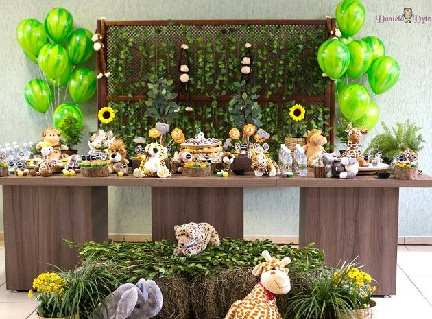 Jungle Themed Birthday Party {Guest Feature} — Celebrations at Home