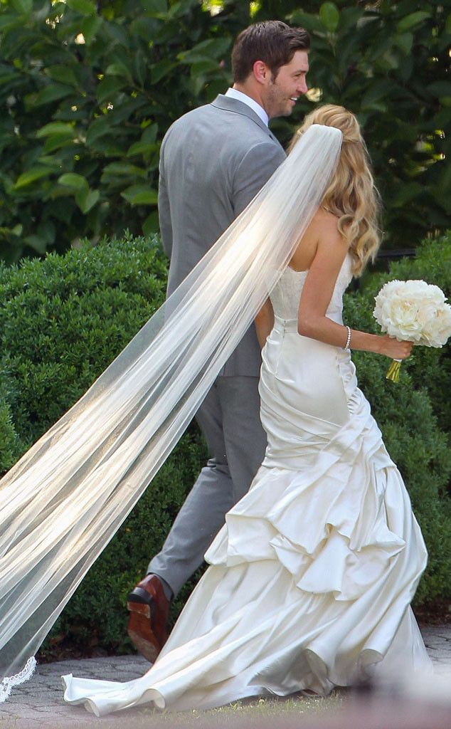 "The former Hills star may have described her Nashville nuptials to the quarterback as ""warm and cozy"" but her wedding day look read pure glamour to us!"