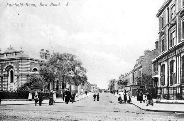 Fairfield Road, Bow, looking north, circa 1905