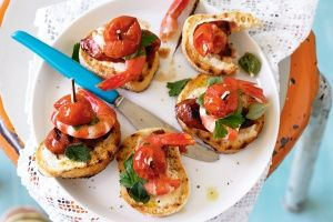 Prawn pinchos with smoky paprika mayonnaise