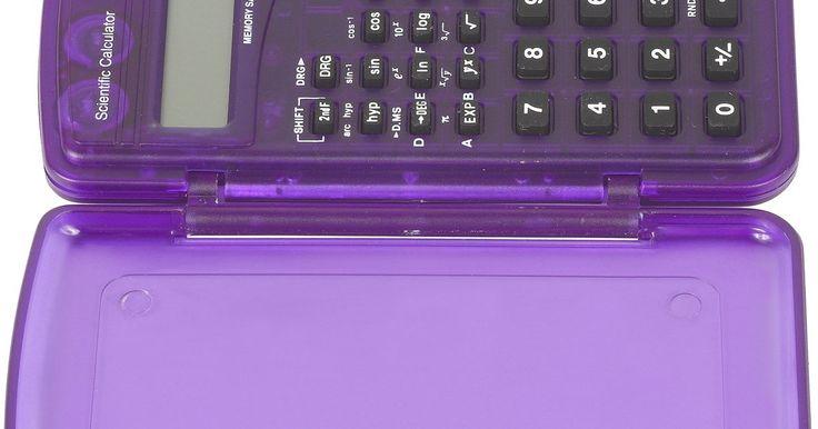 Cómo multiplicar polinomios en una calculadora. En el mundo del cálculo, así como en otros estudios de matemática avanzada, multiplicar y resolver polinomios es una habilidad tan necesaria como tediosa. Puedes encontrar la respuesta a mano, y puedes hacer lo mismo usando una calculadora de funciones básica, con la misma dificultad. Afortunadamente, hay dos tipos de calculadora: la Texas ...