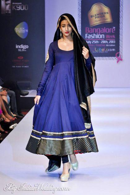 Maushmi Badra designer suit