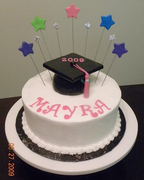 Simple Cake Designs For Graduation : Simple Graduation Cake Design Lucy College Graduation ...