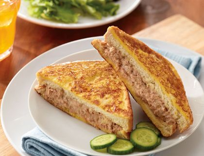 Montuna Cristo.   Here's a luscious and delectable take on a monte cristo, perfect for a snack or meal, for adults and children alike. What you need: Clover Leaf Flaked Light Tuna - Dill & Lemon, mayonnaise, egg, butter, Texas toast.