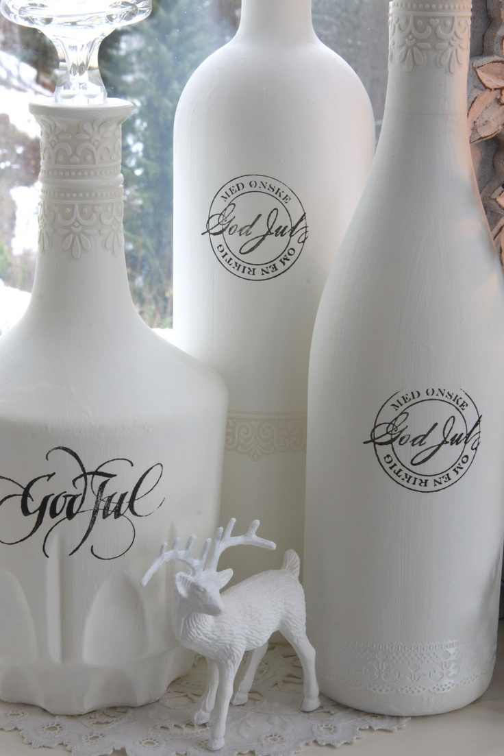 Painted bottles with Christmas graphics