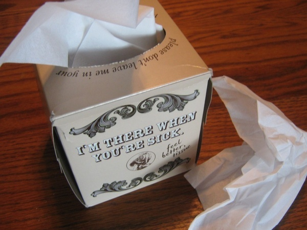 how to clear up a stuffy nose naturally