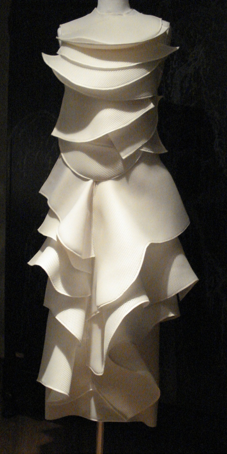 sculptured dress by Cahide Bodur collection @ CREATIVATIONS-CHELSEA hidden gems fulam rd.