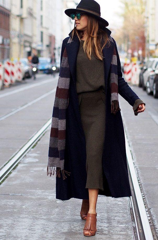 Женский вязаный костюм, вязаная мода зима-весна 2016, модная вязаная юбка, стильные вязаные вещи 2016 (фото 18)