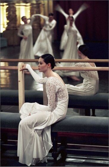 Alice Renavand and other dancers of the Paris Opera Ballet in rehearsal for Orphée et Eurydice by Pina Bausch