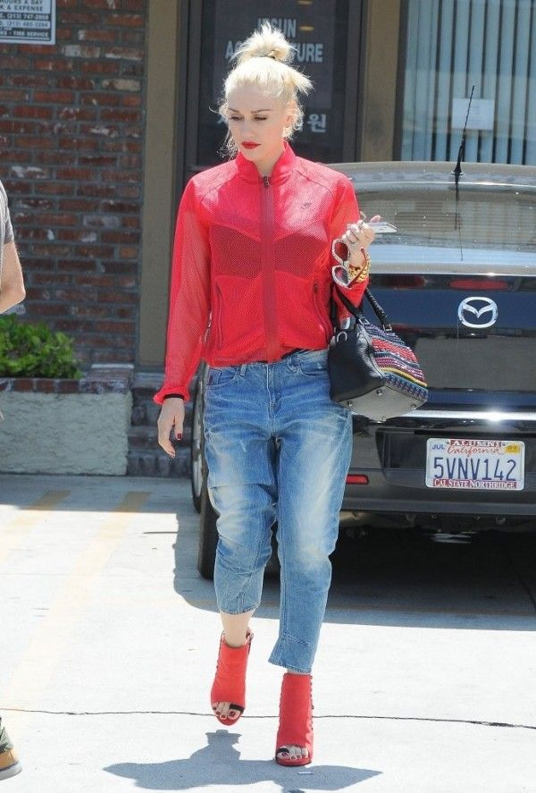 Gwen Stefani in G Star Raw Type C 3D Loose Tapered Jeans