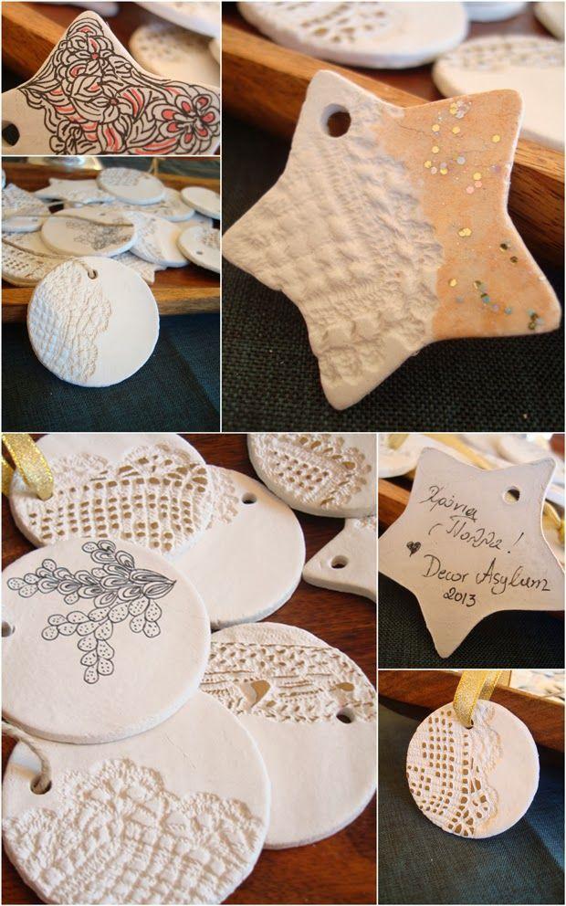 φτιάξτε χριστουγεννιάτικα στολίδια από πηλό diy clay Christmas ornaments