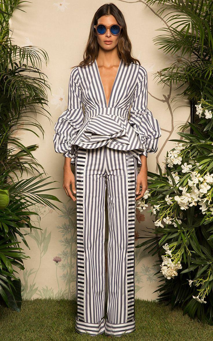 Johanna Ortiz Resort 2017   Preorder at Moda Operandi