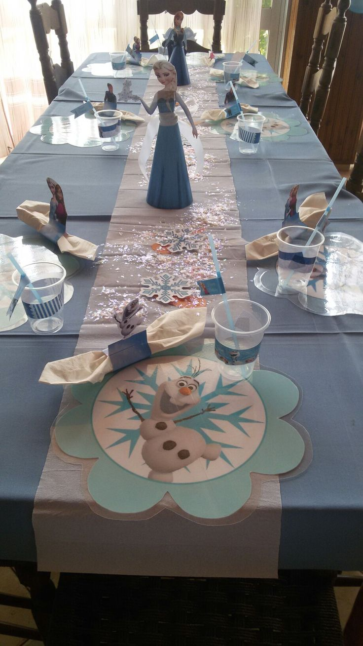 Frozen  table decor