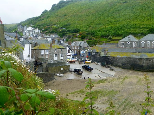 PORT ISAAC: The real Cornish town standing in for Portwenn in the TV series Doc Martin https://destinationfiction.blogspot.ca/2016/10/doc-martins-port-isaac.html