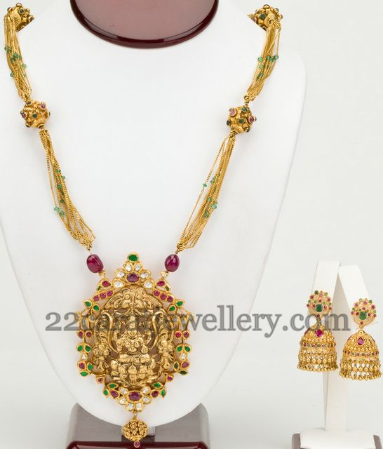 Temple Necklace with Heavy Jhumkas   Jewellery Designs