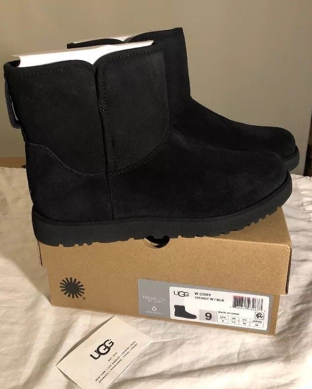 1bed4e44ea3 UGG CORY 1013437 BLACK WOMANS BOOTS 100% AUTHENTIC NEW INCLUDES BOX ...