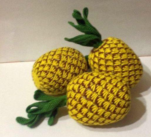 Развивающая игрушка вязаные  крючком фрукты  овощи ананас