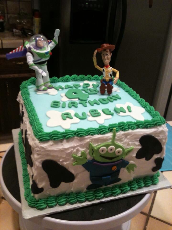 Square Toy Story cake. Buttercream and fondant decorations ...