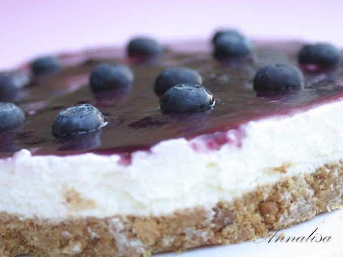 Un ricetta magnifica, un gusto eccezionale! - Ricetta Dessert : Cheesecake allo yogurt greco e mirtilli da Dolceamara
