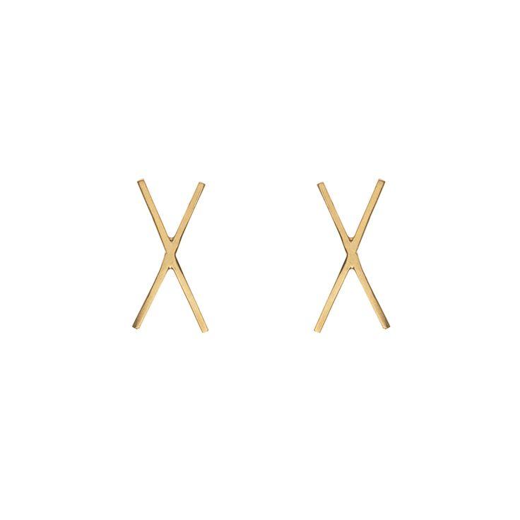 X-TRA / EAR / GOLD www.maleneglintborg.com