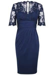 17 beste ideeën over Navy Lace Bridesmaid Dress op Pinterest ...