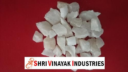 Supplier of Quartz Grit in India price http://quartzpowdermanufacturers.com/supplier-of-quartz-grit-in-india.php Shri Vinayak Industries - We produce high quality of Quartz Grit with above 99.5 percent purity and with high whiteness. Its luster is vitreous