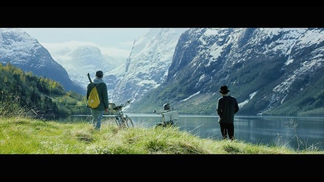 Jørgen Platou Willumsen & Stian Korntved Ruud was two of 4 artists that were invited to Stryn in Norway. The inspiration they found here led to unique artprojects!  See the other films in this series: Simon Beck - Snowartist: https://vimeo.com/155292692 Benedicte Alstveit Årsland - Cellist: https://vimeo.com/156002582   #inspirasjonstryn facebook.com/inspirasjonstryn