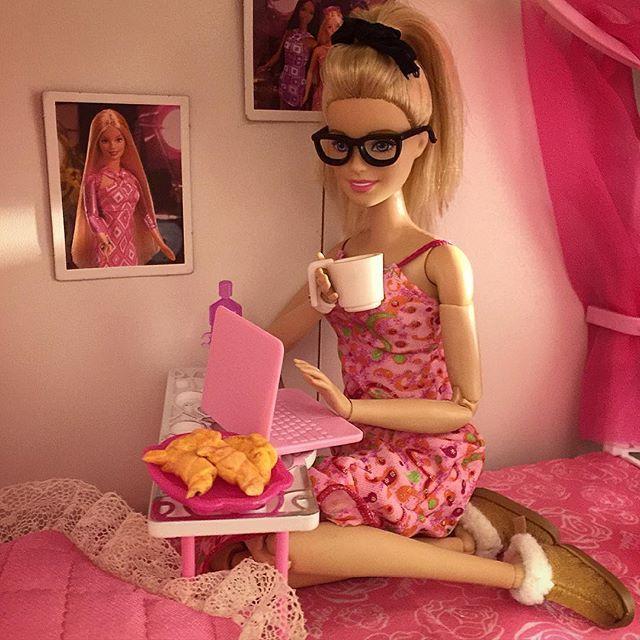 Essa barbie é taaaaaaaaaaaaaaaaaaaaaaaaaaão eu   #medefine