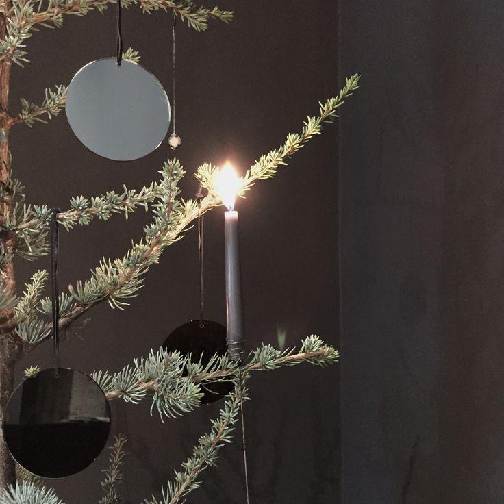 AYTM Pila ornaments