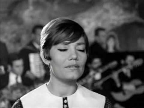Marinella: Stalia stalia A really great era when greek cinema and greek music came together.