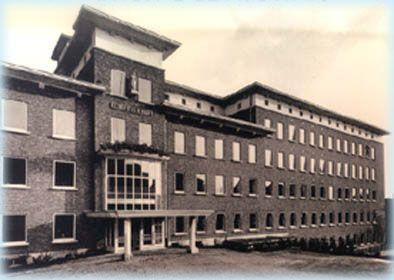 De instelling waar Dokter Hoppe werd geplaatst vlak na zijn geboorte vanwege de moeder die haar zoon afstootte door zijn handicap. Een hazenlip.
