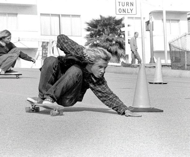 Jay Adams executes a Bert slide on Bicknell Hill, Santa Monica, California. 1975 #skate