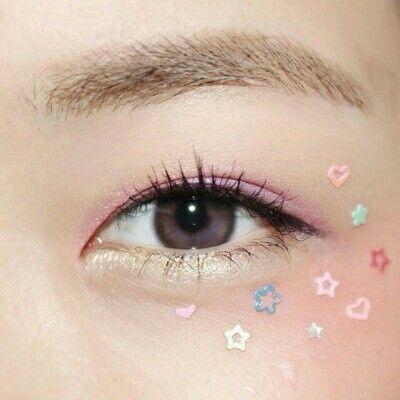 kawaii pastel flowers eye makeup