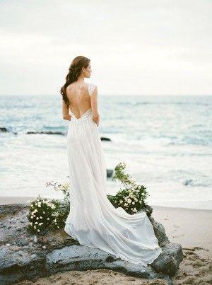 Such a beautiful coastal bridal gown!