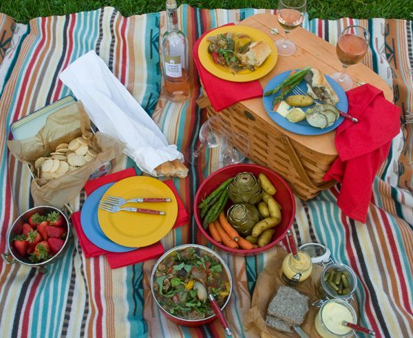 Menu: A French Picnic for Early Summer | SAVEUR