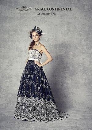 白の模様が乙女なヴィンテージ風ドレス♡ ウェディングドレスからのお色直しで着たいネイビーのカラードレスのアイデア。紺色ドレスのまとめ。