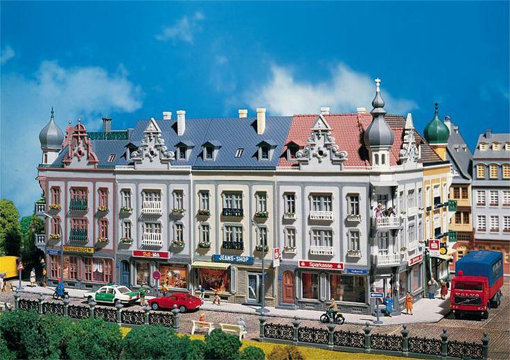 Faller 130925 - 4 Edifici di citta' Schillerstrasse