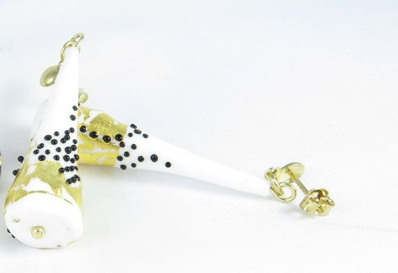 Elegant white earings by Taleofglass on Etsy
