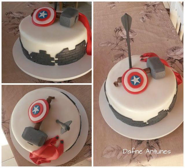 Doce Arte: Bolo dos Vingadores (Avengers cake) com pasta americana...