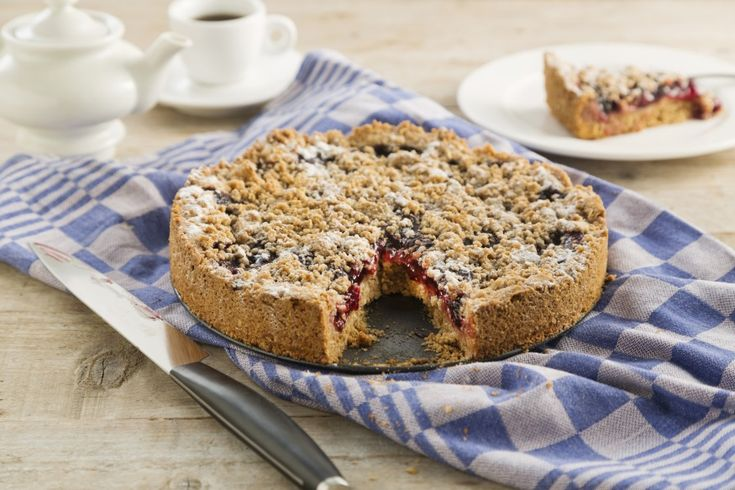 Een variatie recept met Koopmans Havermoutappeltaart. Met fruit- of vlaaivulling en banketbakkersroom.